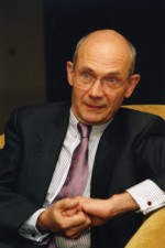Pascal Lamy - Financial services now at issue